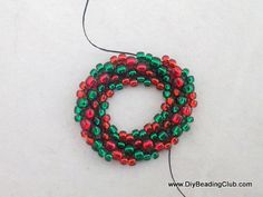 DIY Beading: Christmas Wreath Bracelet