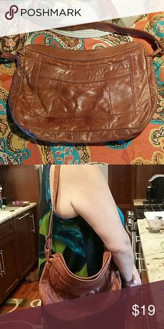 Vintage boho leather handbag Camel brown leather. Very lightweight with a long handle drop. Very worn in but super cute! Leather and interior in great condition. Bags Hobos