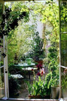 17 outdoor spaces