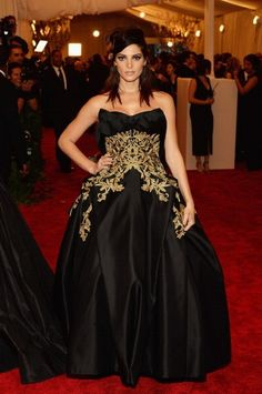 Ashley Greene de Marchesa #MET 2013