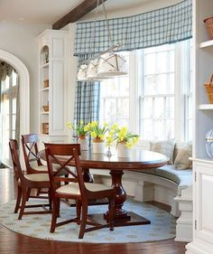 Dining nook | Banquette