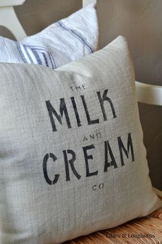 Want to add farmhouse charm to your home?  You can easily make your own pillows using stencils!