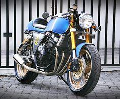 LET'S DO THE TON - HONDA CB400 SUPERFOUR '98 by Studio Motor
