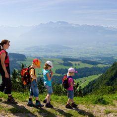 www.zuerich.com - various hikes near zurich