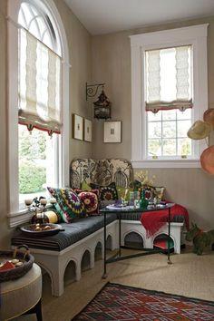 hobo window seat design idea