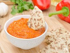 Meze Platter With Roasted Pepper Dip - Healthy Snacks for Pregnancy - Fit Pregnancy Roasted Red Pepper Dip, Roasted Red Peppers, Dip Recipes, Crockpot Recipes, Cooking Recipes, Healthy Pregnancy Snacks, Healthy Snacks, Chutneys, Meze Platter