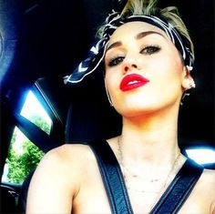 Miley Cyrus, coming to a selfie near you   Moviepilot: New Stories for Upcoming Movies