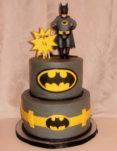 Batman cake. Dont know who would like this more my brother or my nephew! @nicholeshaw