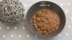 http://papilles-on-off.blogspot.fr/2016/09/mijote-daubergines-au-boeuf-au.html  Pour 2 personnes 2 aubergines 300g de viande de boeuf hachée 200g de coulis de tomate cuisiné 10g d'huile d'olive Sel, poivre, ail déshydraté, basilic