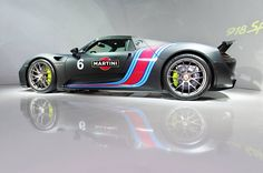 Porsche 918 Weissach Martini from Taiwan - Motorward