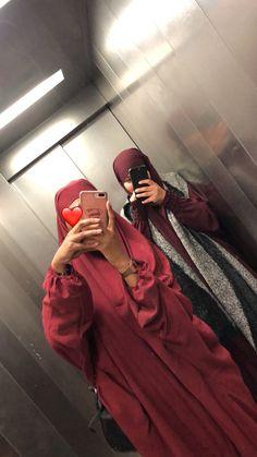 Modest Fashion Hijab, Modesty Fashion, Abaya Fashion, Muslim Fashion, Muslim Girls, Muslim Women, Niqab, Islam, Prom Couples