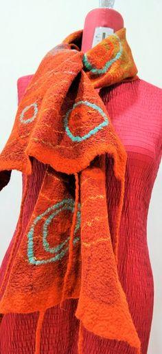 Estola em Lã Merino com seda. ideiasdaflora@gmail.com Flora Silva Portugal