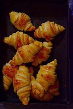 Croissant Bread, Ciabatta, Bread Rolls, Bread Baking, Baked Goods, Bread Recipes, Garlic Bread, Bakery, Clean Eating