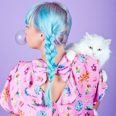 lightning-heart:So excited that the newest issue of @teomagazine is out featuring this pastel dream shoot I did!  Model // @ladydrewniak  Hair & makeup // @bbeautifulmua  Styling // @osbornavenue  Cat // Tinsel