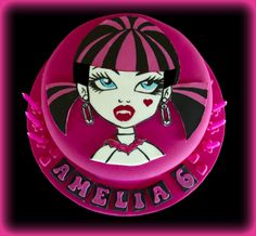 Draculaura Monster High Cake Tutorial