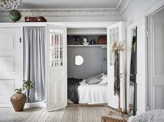 Bostadsrätt, Majorsgatan 5 A i Göteborg - Entrance Fastighetsmäkleri . Cozy surprise hidden bedroom.