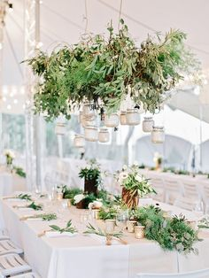Greenery Chandelier | Wedding Style inspiration www.lafabriqueareves.com