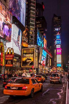 New York Times by night van Stefan Verheij op canvas, behang en meer New York Trip, New York Life, Nyc Life, New York Travel Guide, New York City Travel, New York Wallpaper, City Wallpaper, City Aesthetic, Travel Aesthetic