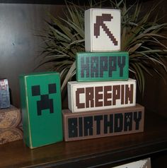 MINECRAFT Happy Creepin Birthday Creeper Pick Axe Primitive Wooden Sign Stacking Blocks Children Birthday Centerpiece Decor