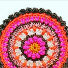 Fall Flower Crochet Mandala | Free Crochet Pattern - Make a pretty floral centred Fall Flower crochet Mandala using simple and easy crochet stitches with bobble stitch for this week's free Monday Mandala crochet pattern.