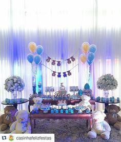 Que fofura! #Repost @casinhafelizfestas with @repostapp ・・・ #TudoPronto no Chá para a chegada do Theo!!!  #chadebebe #babyshower #festainfantil #festa #decoraçãodefesta #decor #inspiração #party #partydecor #cake #kidsparty #ideiasparafestas #aniversario #birthday #firstyear #inspiration #partykids #sweettable #festatop #festalinda #carolfesteira