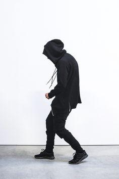 MXDVS — Eorri Ninja Oversized Zip Sweatshirt, Enfin Levé ...