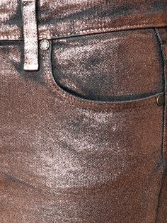 Whoa there, you with your rose gold legs! How is anyone else meant to even begin to compete when you're blowing away the competition with your precious metal pins? These jeans are pure rock star. In fact, they probably come with their own entourage and three-album record deal. Prepare to see your fan base explode. http://www.cavan.com/5142-skinny-trousers-with-rose-gold-coating.html