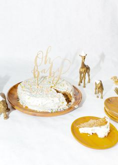Oh Baby cake topper in gold