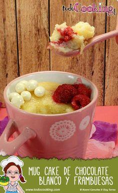 Preparamos un #mugcake de #chocolate blanco y #frambuesas, una deliciosa combinación que te encantará!