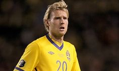 Dick Advocaat signs Ola Toivonen after slamming Sunderland's previous buys - http://footballersfanpage.co.uk/dick-advocaat-signs-ola-toivonen-after-slamming-sunderlands-previous-buys/