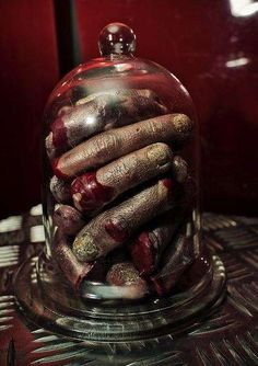 30 Carnivorously Gory Confections - These Scary Halloween Food Ideas Will Have Guests Shrieking
