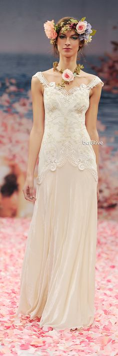Claire Pettibone: Thalia - love the dress not the flowers effect