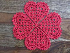 49 Ideas for crochet heart necklace gifts Filet Crochet, Crochet Motifs, Crochet Flower Patterns, Doily Patterns, Crochet Squares, Crochet Geek, Thread Crochet, Crochet Gifts, Crochet Doilies