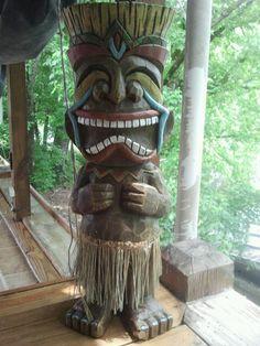 Tiki Statue at PAPA SAIA'S