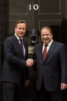 British Prime Minister David Cameron with Pakistan's Prime Minister Nawaz Sharif