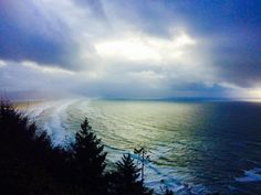 Looking south from Tillamook Head towards Manzanita. Even stormy, our Oregon Coast is something awesome! Manzanita, Oregon Coast, Mountains, Awesome, Nature, Travel, Naturaleza, Viajes, Bergen