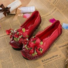 Socofy Genuine Leather Handmade Flower Loafers Soft Flat Casual Shoes is cheap and comfortable. There are other cheap women flats and loafers online. Loafers Online, Shoes Online, Cute Hairstyles For Kids, Flower Shoes, Sandals For Sale, Handmade Flowers, Womens Flats, Retro, Leather Sandals