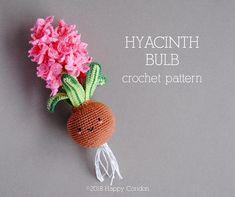 CROCHET PATTERN  Hyacinth bulb amigurumi.  Crochet pattern & tutorial to create a cute hyacinth flower amigurumi.