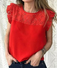 Boho Outfits, Casual Outfits, Long Blouse, Fashion Over 50, Office Fashion, Refashion, Nice Tops, My Wardrobe, Couture