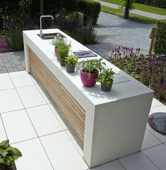45 Best Outdoor Kitchen,Bar and Barbecue Design Ideas Outdoor Kitchen Countertops, Concrete Countertops, Kitchen Island, Kitchen Backsplash, Modern Outdoor Kitchen, Outdoor Living, Outdoor Kitchens, Parrilla Exterior, Summer Kitchen