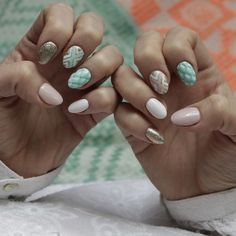 New nails! #YOLO #nailartaddict #nailpolish #nailart #hybrydy #manicure #pastel #nude #pink #mintgreen #Olsztyn #loveit #nails #almondshape #3dnails #3d #quilted