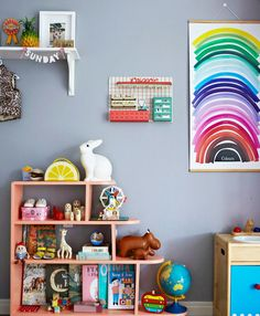 Mini style :: fun pyramid book cases for the little ones.
