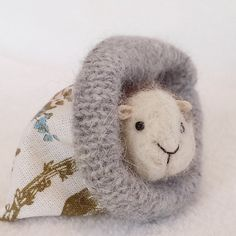 Guinea Pig Needle Felted Pocket Pet Miniature by lovinclaydolls