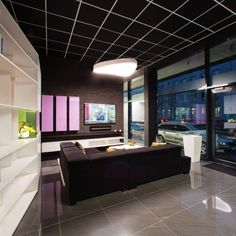 Showroom svetelnestropy