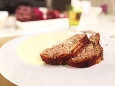 Italienischer Faschierter Braten mit Kartoffelpüree von cookingsociety.at Meatloaf, Banana Bread, Steak, Desserts, Food, Kochen, New Recipes, Dessert Ideas, Food Food