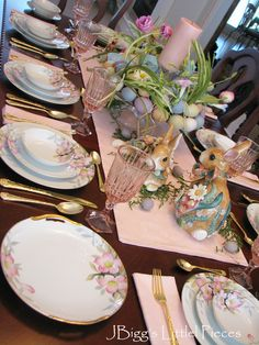 JBigg's Little Pieces: Eggs On Top Tablescape