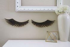 Girly Wood Eyelashes Cutout