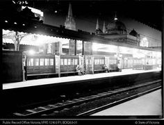 FLINDERS STREET STATION Melbourne PLATFORMS 6 AND 7, 1940s