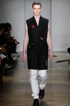 Tim Coppens Fall 2015 Menswear Collection - Vogue