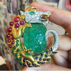 "193 Likes, 4 Comments - Frank Everett (@frankbeverett) on Instagram: ""15/20: My 20 most unforgettable #SothebysJewels ... Gem-set dragon guarding a carved emerald by…"""